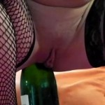 bouteille + anus
