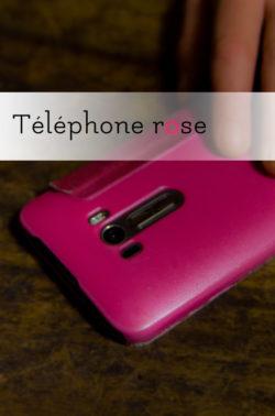 Téléphone rose avec Charlie