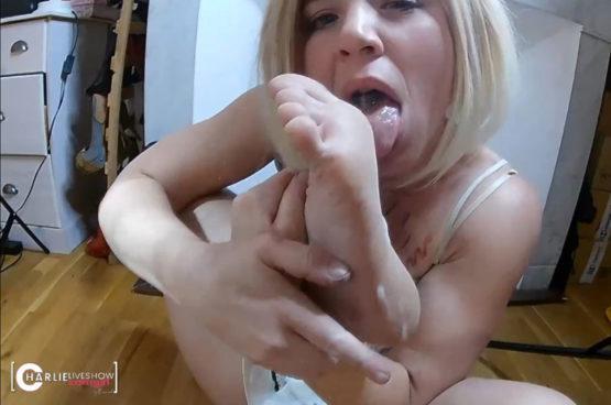 porno-amateur-eat-cum-charlie