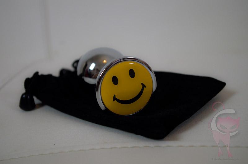 Plug-smiley