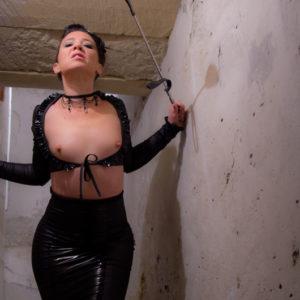 DEMONIQ-lingerie-fetish-tenue-09