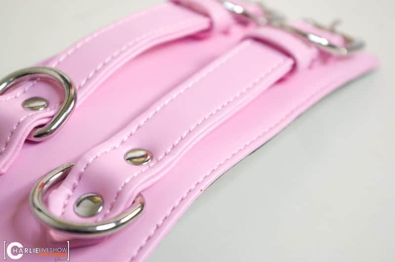 ceinture-suspension-bondage-cuir