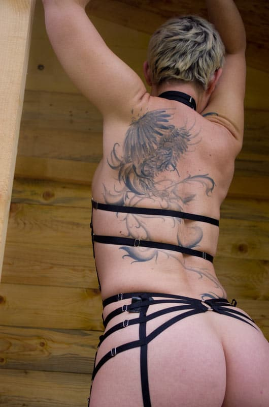 body-harnais-regleble-GREY-velvet-lingerie